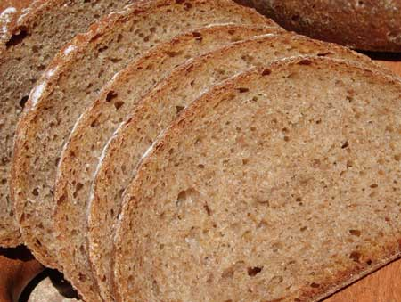 Rye sourdough slices