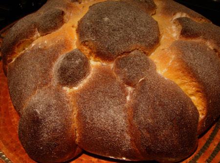 Pan de Muerto loaf closeup
