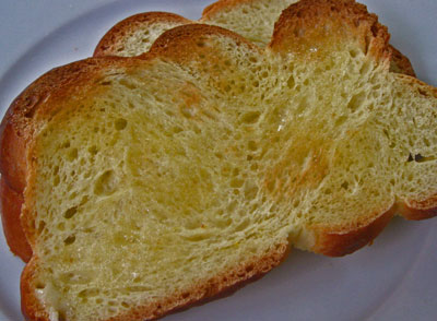 Saffron challah toast with butter