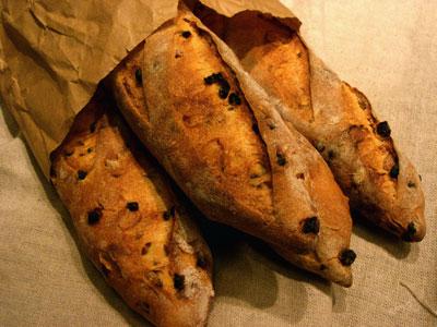 3 Semolina loaves in paper bag