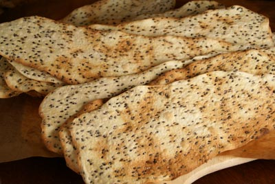 semolina-sesame crackers