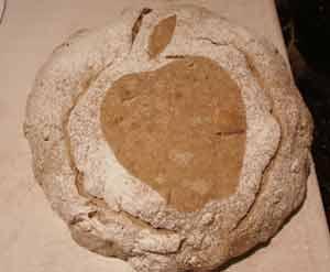 Slashed stenciled loaf