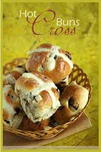 Hot Cross Buns from What's For Lunch Honey?