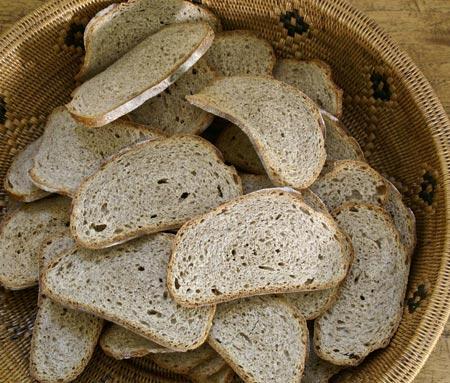 rye toasts