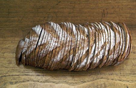 sliced rye loaf
