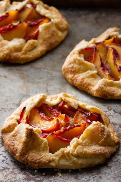 peach galettes (crostata)