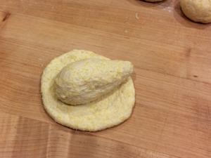 corn-rolls-shape-4-wild-yeast-300