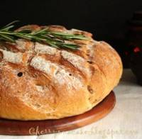 Rosemary and Sundried Tomato Bread