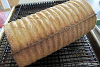 Round Crimped Loaf Bread