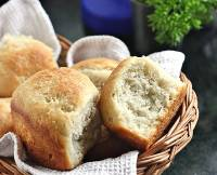 No-knead Yeasted Banana Cardamom Bread Rolls