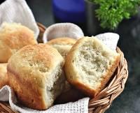 No-knead Yeasted Banana Cardamom Bread Rolls
