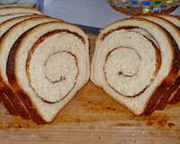 Cinnamon swirl bread - stretch and fold method