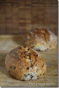 Spelt and Seed rolls