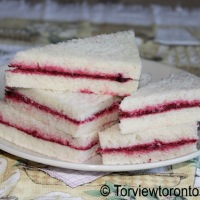 Beetroot party sandwiches