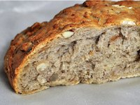 Rye Bread with nuts and pears