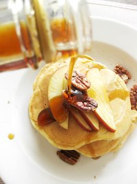 Lazy Sourdough Apple Pancakes