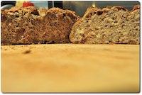 Walnuts and dates bread