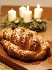 Vanocka (Czech Christmas Bread)