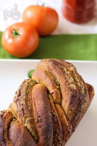 100% WW Tomato Pesto Bread