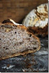 Potato Bread With Walnuts