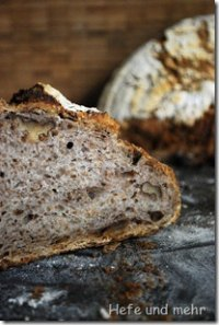 Potato Bread With Walnuts