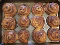 Cinnamon Raisin Honey Buns