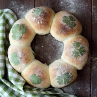Milk And Cilantro Bread