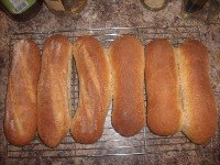 Cracked Wheat And Wheat Germ Sausage Buns