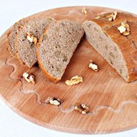 Whole wheat walnuts bread