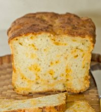 Cheddar & Chiles No-Knead Bread