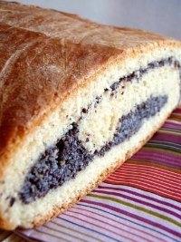 poppy-seed-yeast-swirl bread