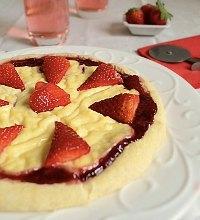 Strawberry Pizza