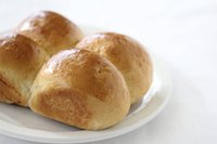 Sweet dinner rolls