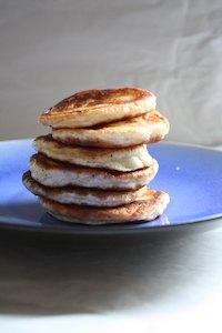 Ho-tteok, yeasted stuffed Korean pancakes