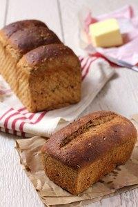 100% whole wheat sandwich bread with bulgur