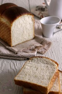 Exteremly soft sourdough sandwich bread