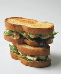Chicken sandwich with avocado