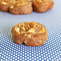 Cheesy whole wheat walnut rolls
