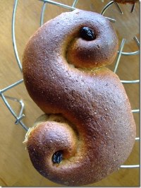 Whole Wheat Santa Lucia Buns