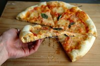 pizza Margherita -searching the perfect crust