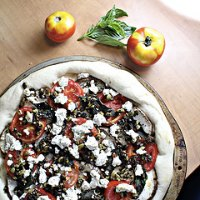 Roasted Eggplant, Tomato and Tapenade Pizza