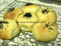 Portuguese Sweet Bread Rolls