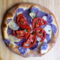 Potato and Tomato Pizza