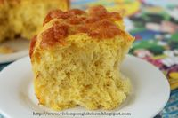 Pumpkin No-knead Dinner Rolls With Cheese