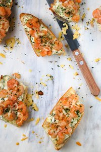 Baguette With Garlic Prawns