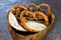 Lye Pretzels With Whole Grain
