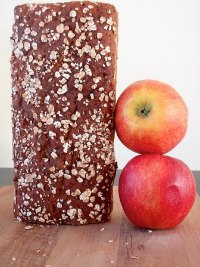Apple-rye Bread