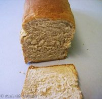 Soft Sandwich Bread With Whole Wheat Flour