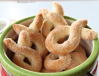 Saint-Vincent Torcetti (twisted Cookies)