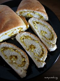 Paneer Masala Bread - Cottage Cheese Stuffed Bread
